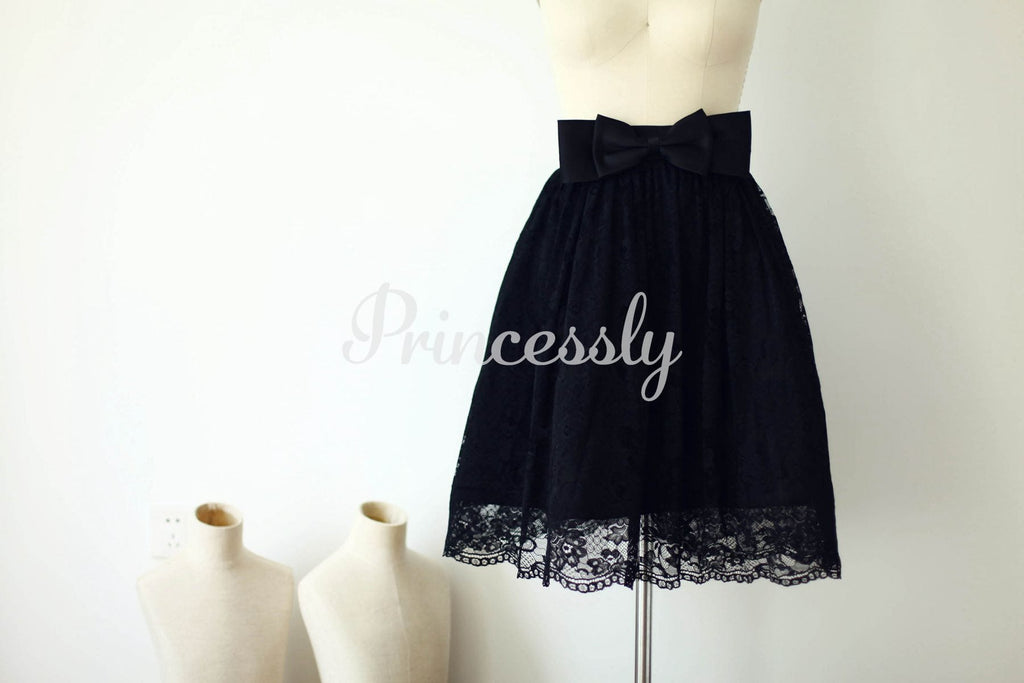 Black Lace Skirt / Short Woman Skirt