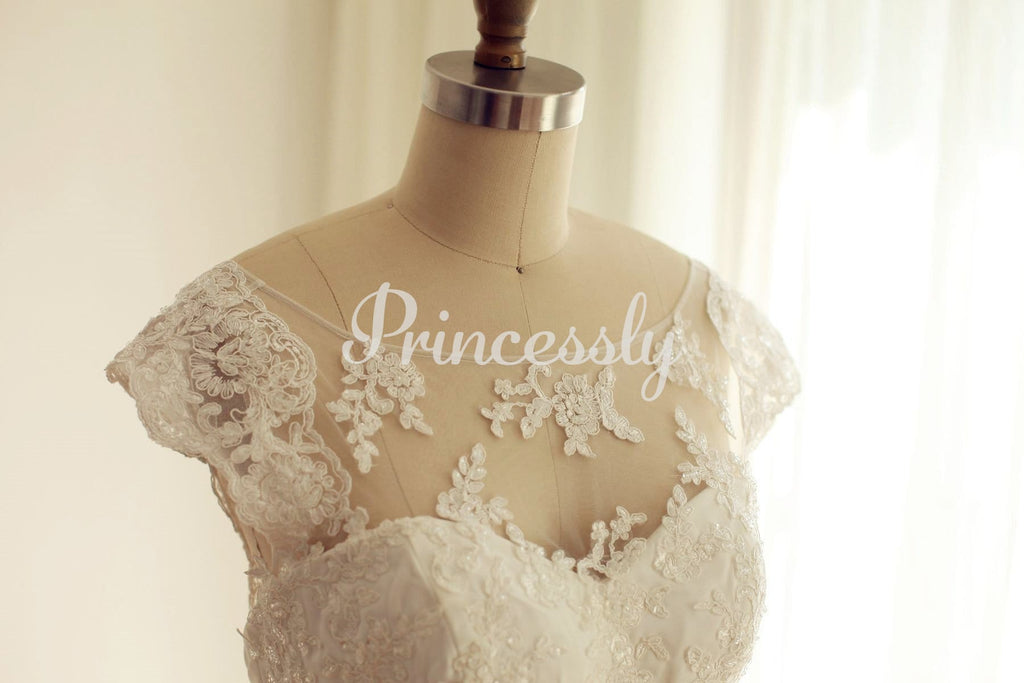 Cap Sleeves Ivory Lace Beaded Chiffon Wedding Dress
