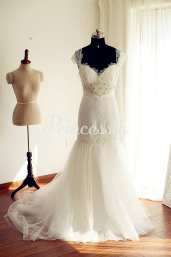 Cap Sleeves Ivory Lace Tulle Mermaid Wedding Dress