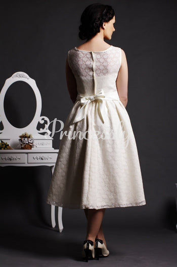 A-line Jewel Neck Flowers Belt Satin Lining Dotted Lace Tea