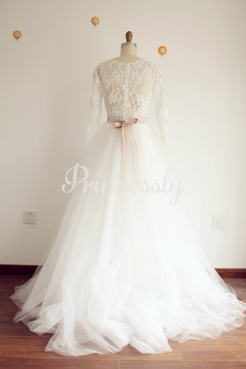 A Line V neck Long Sleeves Lace Tulle Wedding Dress with