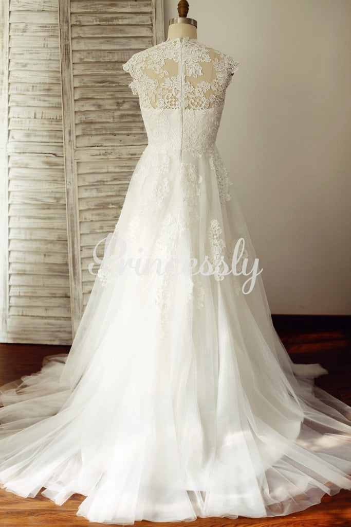 V Neck Ivory Lace Tulle Wedding Dress