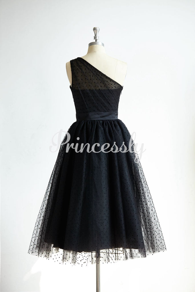 One Shoulder Black Polk Dot Tulle Short Tea Length Prom