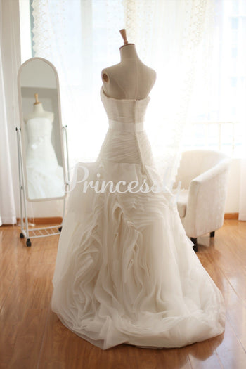 Organza Mermaid Wedding Dress Strapless Sweetheart Ruffle