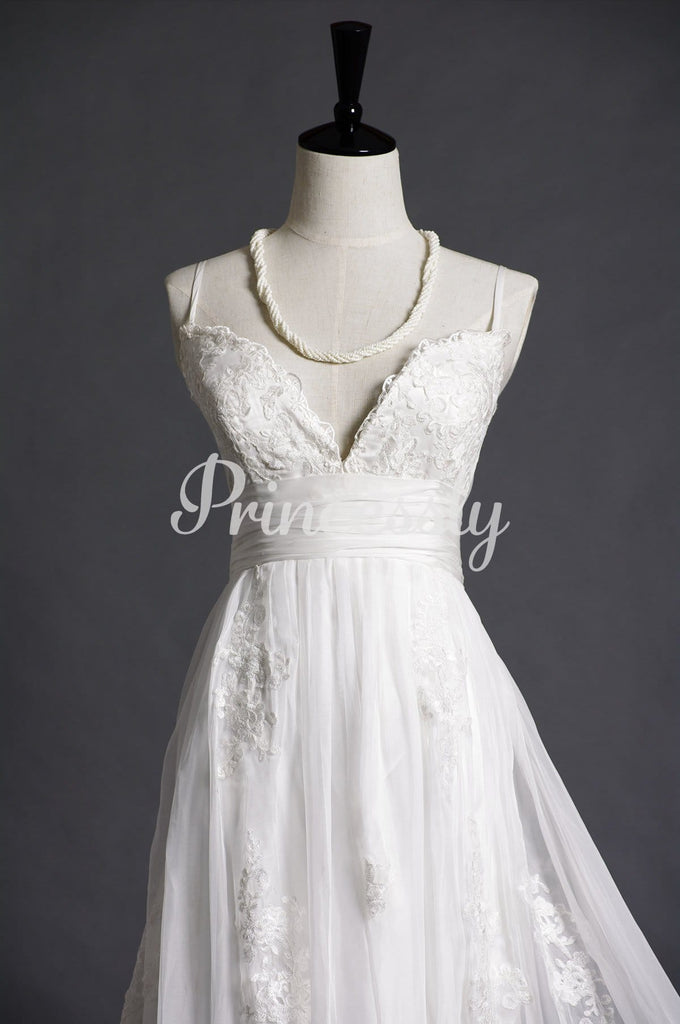 Rustic Spaghetti Straps V-neck Empire Lace Organza Sweep