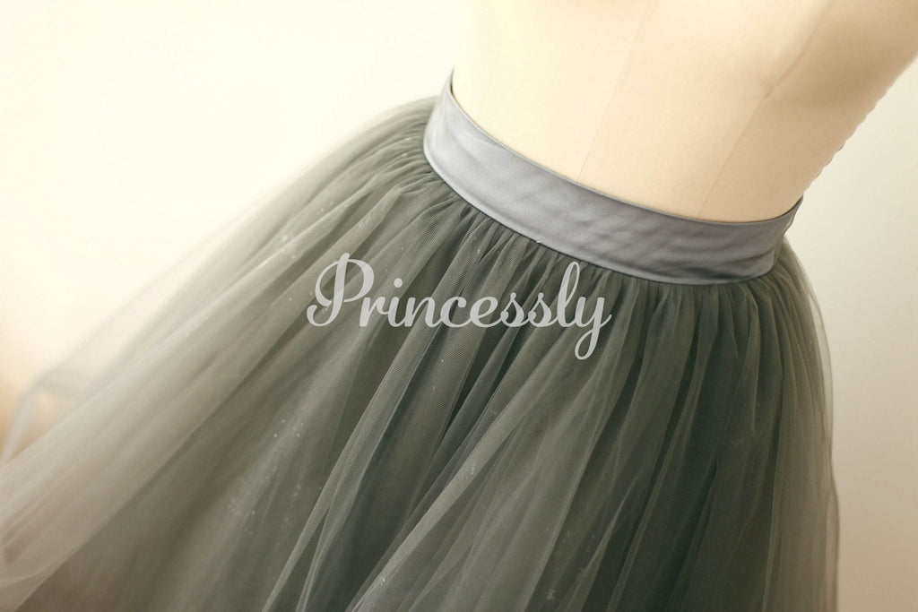 Silver Gray Tulle Skirt / Short Woman Skirt