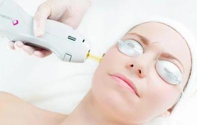 SaltFacial Combo: Salt & Glow (with Laser Rejuvenation) 80-Mins