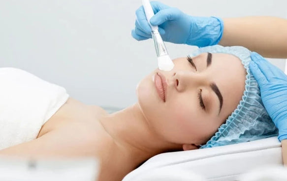 Obagi Blue Peel Radiance Course of 3+1 FREE +LED Session (save €161)