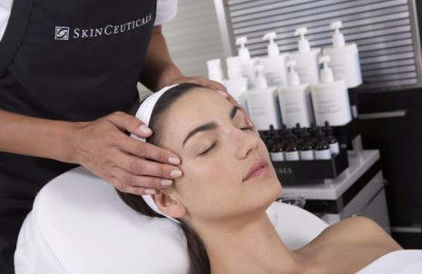 SkinCeuticals City Radiance Facial 75-Mins (Includes hand & arm massage + lip treatment)