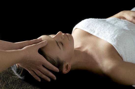 Escale Beauté Invigorating Facial 30 Mins