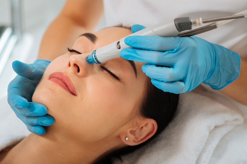 Hydration Duo: Profhilo Hyaluronic Acid Injections Two Treatments +Two Luxury HydraFacials (save €181)