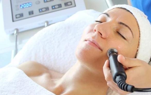 Environ Active Vitamin or Collagen Power 60-Min Facials 3+1 FREE +LED Session (save €161)