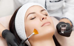 SaltFacial Combo: Salt & Peel (with Custom Peel) 80-Mins