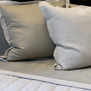 Antico Casentino Linen Coverlet Collection