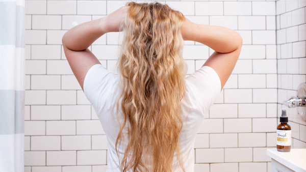 Natural Ways to Grow Healthy, Strong Hair
