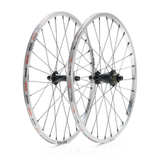 Load image into Gallery viewer, Box One Stealth Expert 451mm 28h Alloy Wheelset