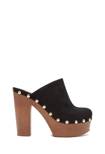 STUDDED LEATHER CLOGS