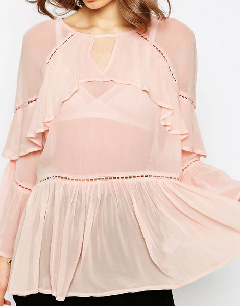 TIERED RUFFLE BLOUSE TUCKED