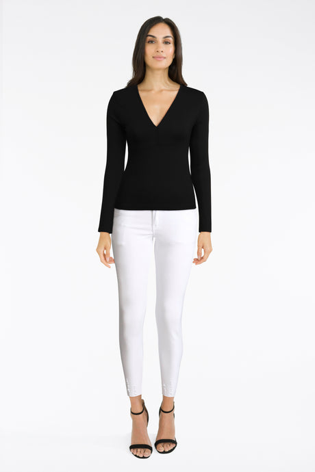 White Skinny Jeans With Black Top