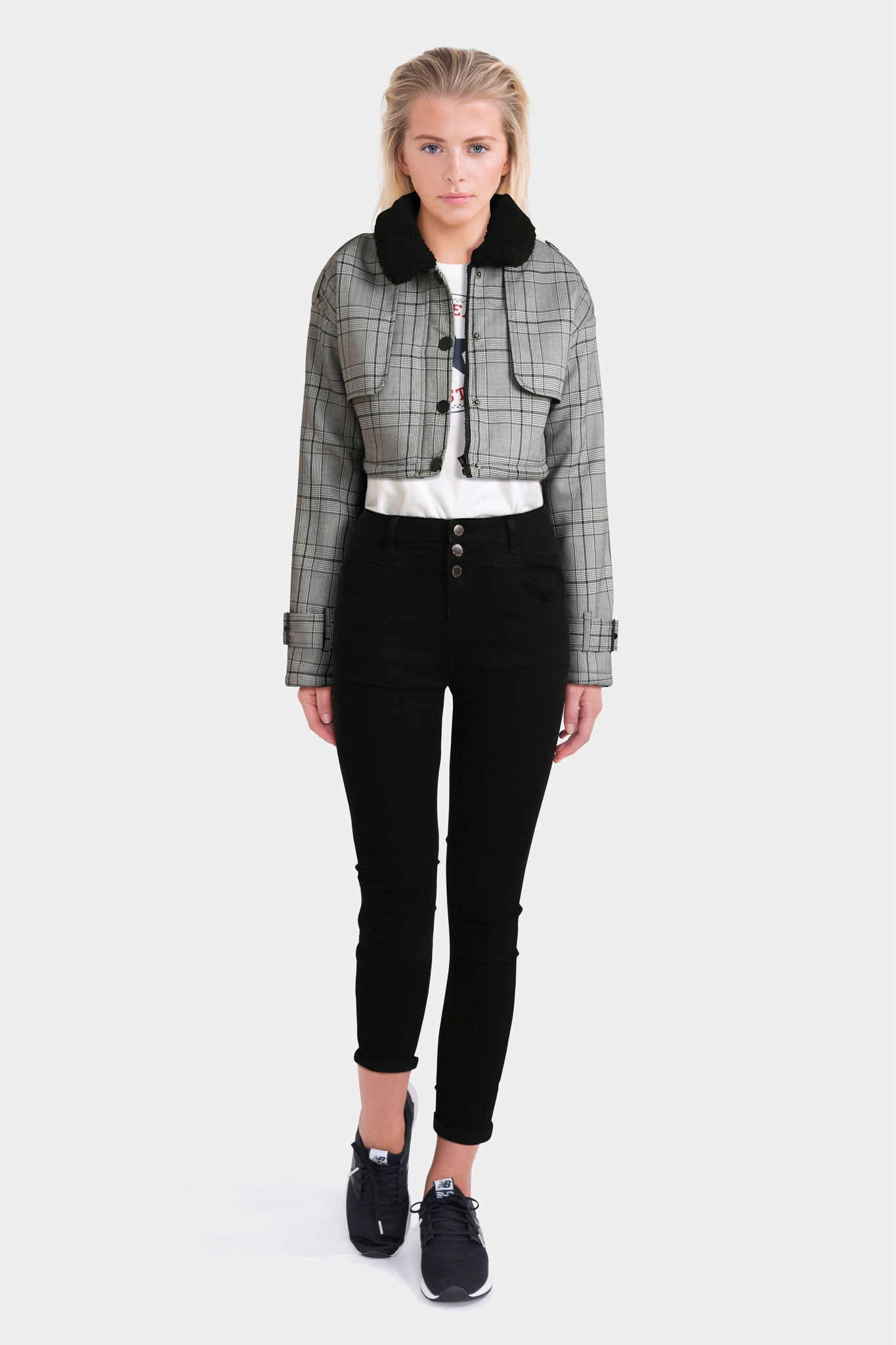 High Waist Skinny Jeans Converse T-Shirt & Checked Jacket