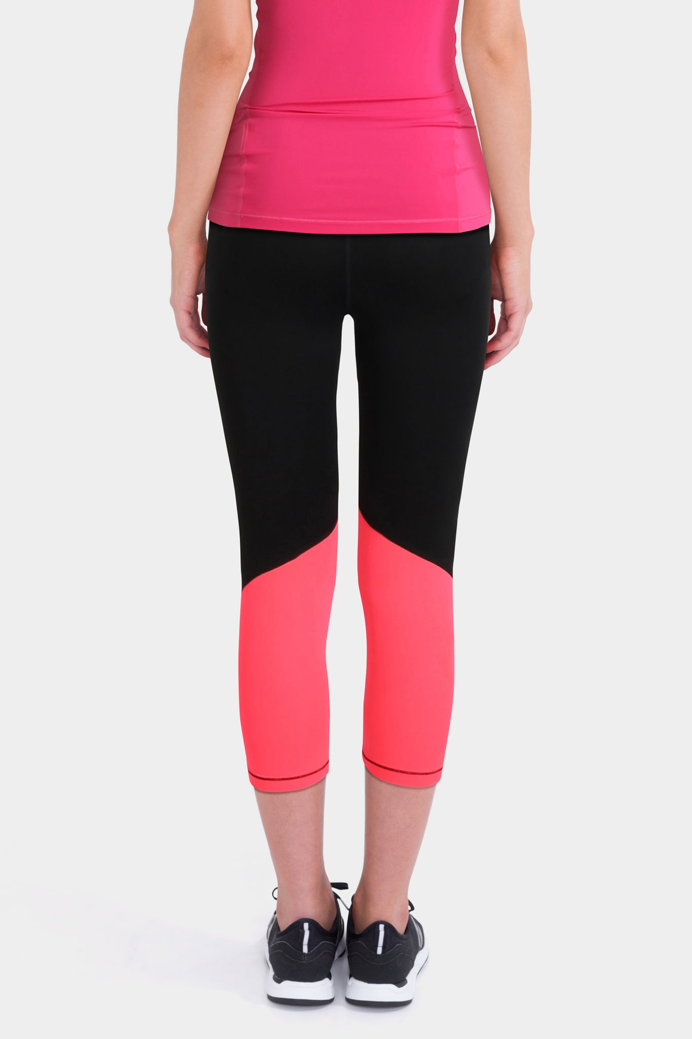Nike Pro Training Capri Legging In Black With Pink Waistband