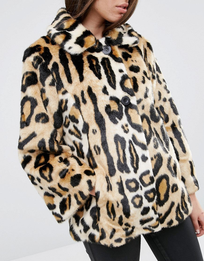 Swing Coat in Leopard Faux Fur