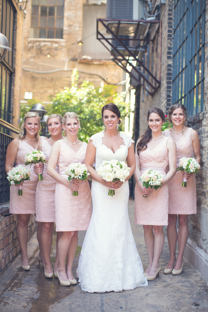Short lace bridesmaid dresses in blush pink | 11 Pin-Worthy Bridal Parties | Poly Mendes Photography | Kennedy Blue