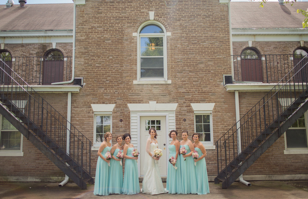Cute symmetrical photo of the bride and her bridesmaids! | 26 Photos To Take With Your 'Maids | Kennedy Blue | Cassie Rosch Photography