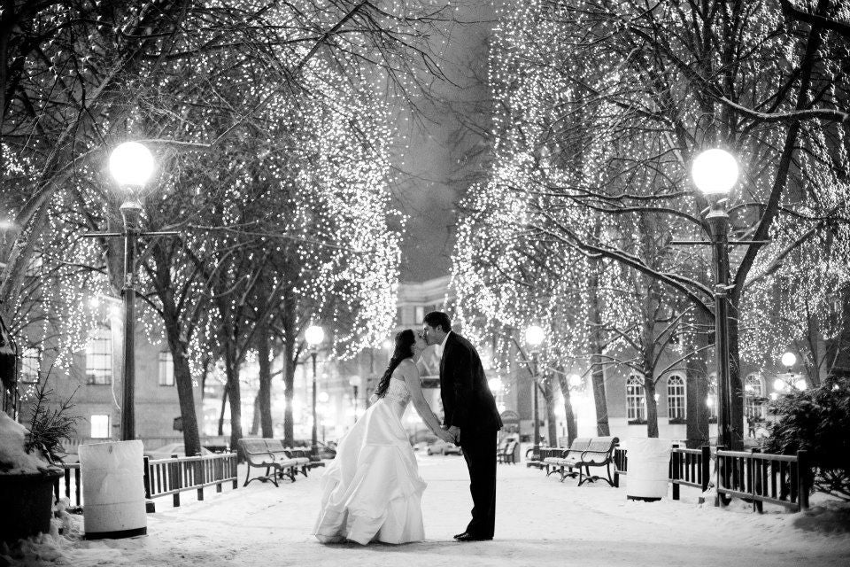 Beautiful black and white winter wedding photo! | 52 Best Wedding Photo Ideas | Kennedy Blue | Janelle Elise Photography