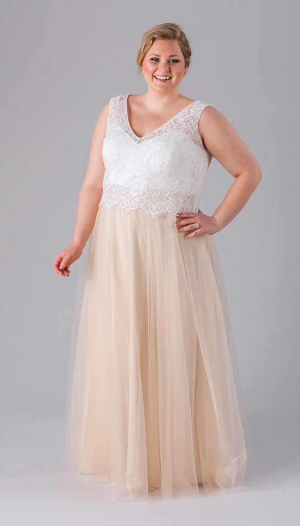Incredibly Flattering Plus Size Bridesmaid Dresses – Kennedy Blue