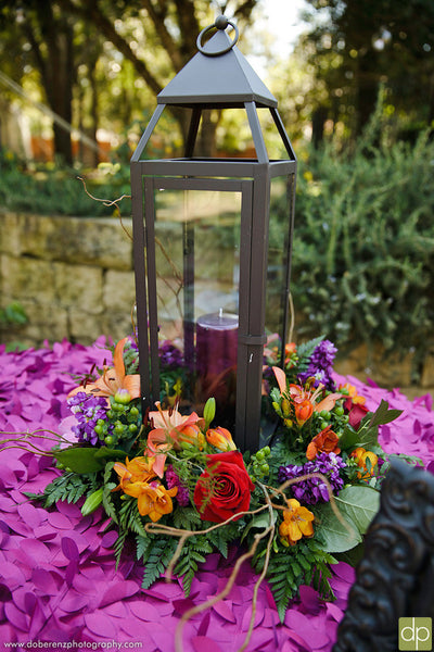 Wine, orange, and red is a perfect color combo for a fall wedding | Kennedy Blue
