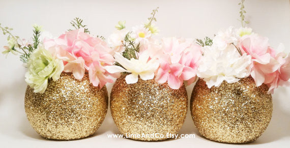 these gold glitter vases make such cute centerpieces at a bridal shower 52 awesome