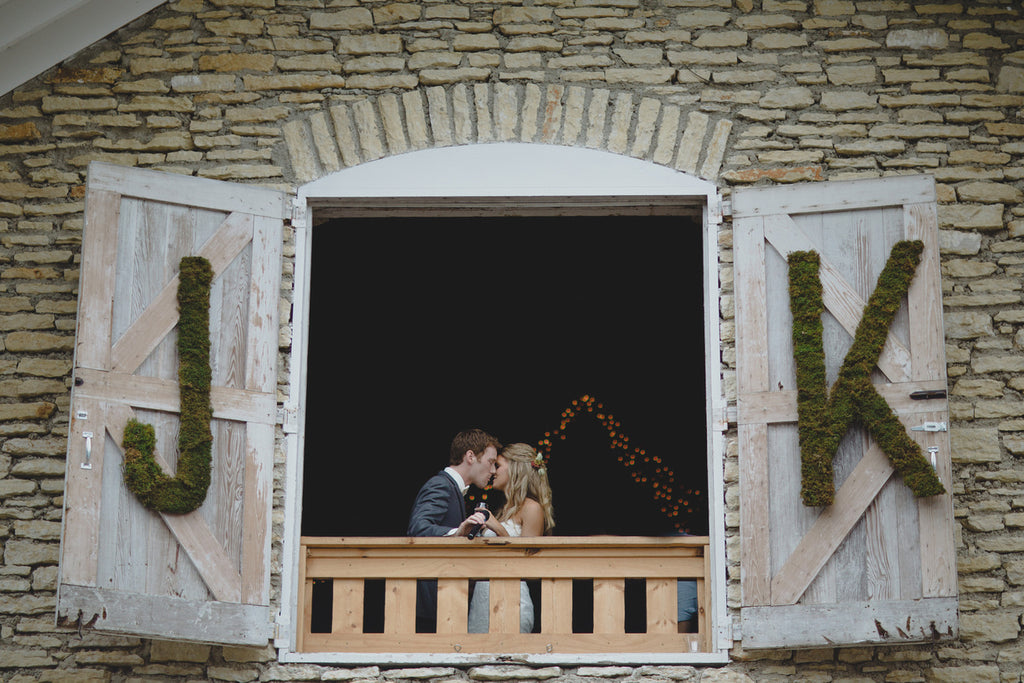 Mayowood Stone Barn Wedding | A Barn Wedding So Gorgeous, You Have to See It to Believe It | www.KennedyBlue.com