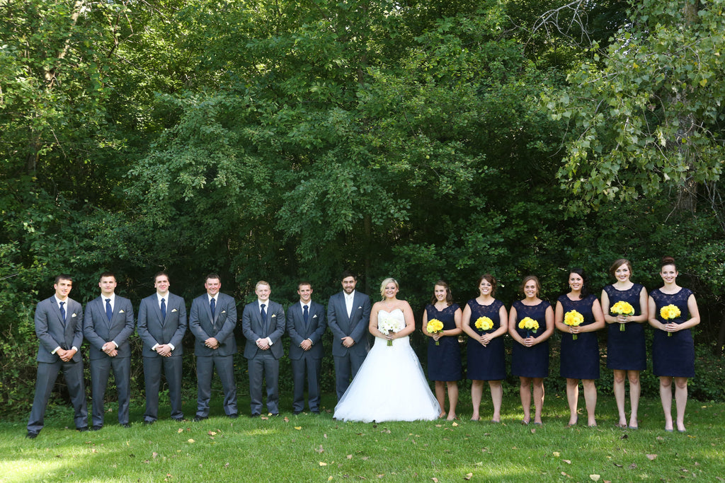 What a beautiful bridal party! | Beautiful Navy Bridal Parties | Kennedy Blue Photography | Ali Kvidt Photography