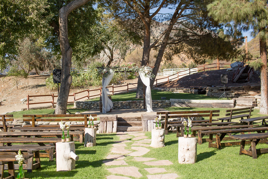 This wedding venue is gorgeous! | A Vintage Wedding At Sweet Pea Ranch | Kennedy Blue | Janelle Marina Photography