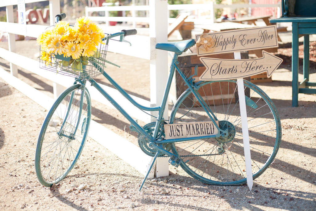 Such cute signs! | A Vintage Wedding At Sweet Pea Ranch | Kennedy Blue | Janelle Marina Photography