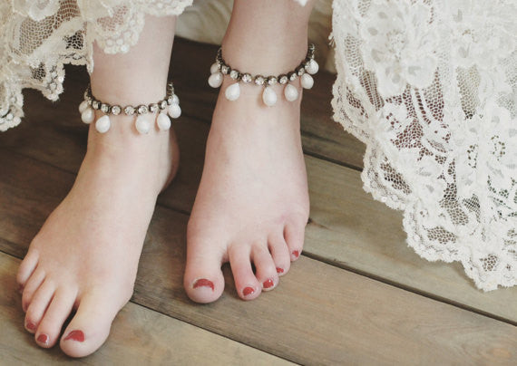 Anklet bracelets are the perfect boho bridesmaid accessory | JoannaReedBridal |  Your Ultimate Guide to Accessorizing Bridesmaid Dresses | Kennedy Blue