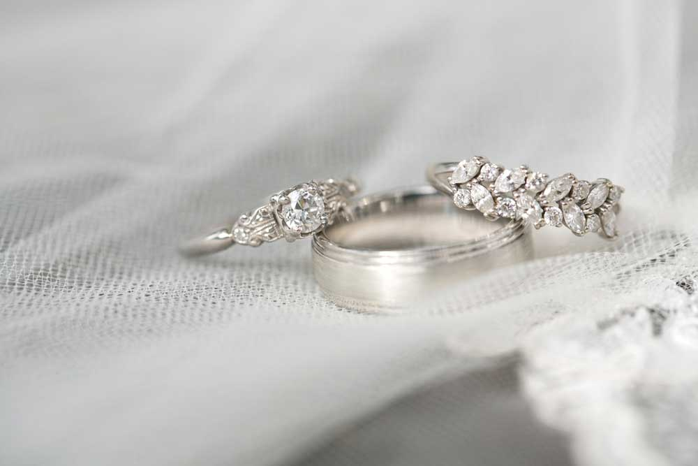 Gorgeous, vintage-inspired wedding rings.