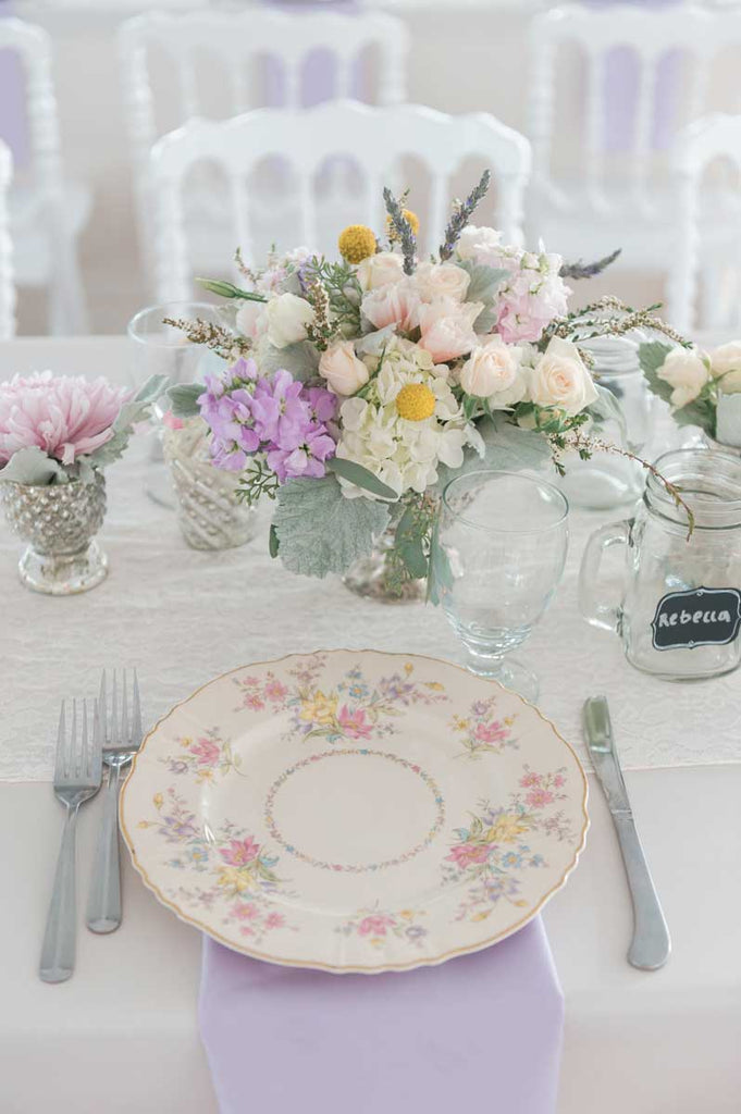 A pretty vintage place setting | A Country Chic Wedding With Stunning Vintage Details