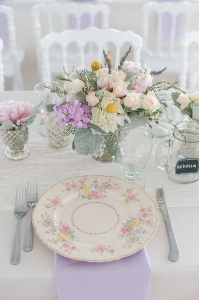 Vintage weddings are the cutest! Upcycle plates, mason jars, and furniture for a unique look! | Kennedy Blue