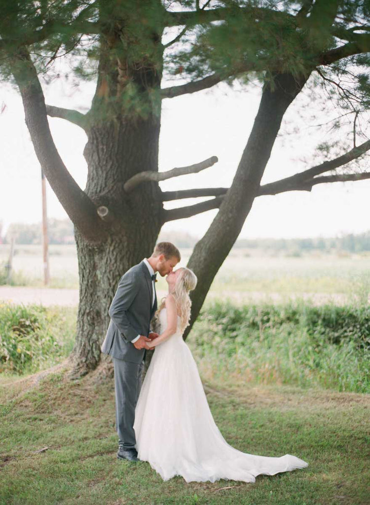 Wedding photography of the couple | A Country Chic Wedding With Stunning Vintage Details