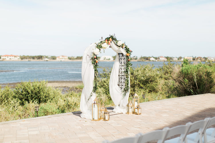 Ceremony Alter Design | Alexis and Michaels Wedding | Featured on Destination Wedding Details | Real Wedding blog