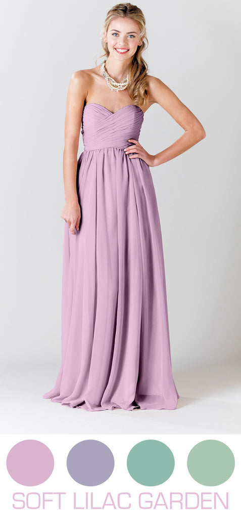 Lilac purple bridesmaid dresses are perfect for Spring and Summer weddings!