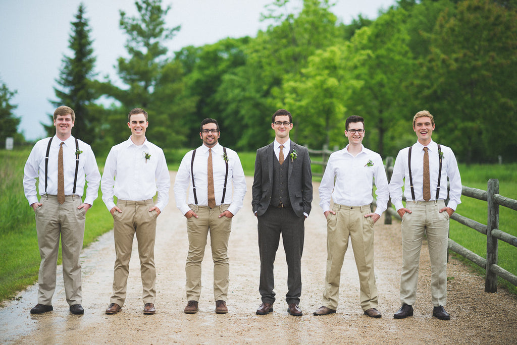 These groomsmen totally nailed the casual look | Your Guide to Coordinating Groomsmen and Bridesmaids | Tandem Tree Photography | Kennedy Blue