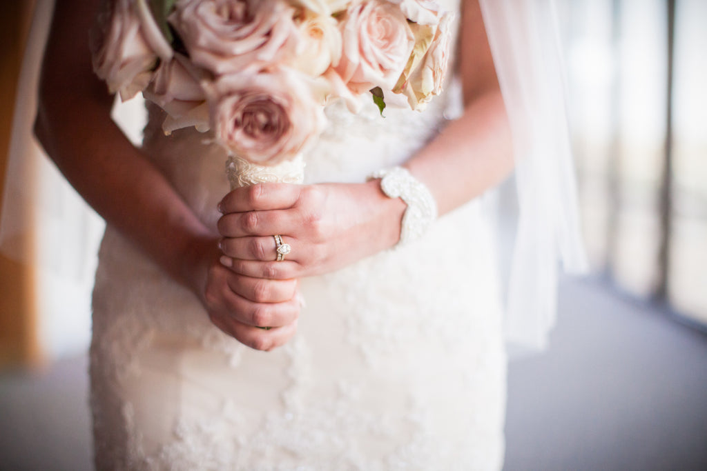 Such a gorgeous blush bridal bouquet. | A Modern Wedding Filled with Romance & Glamour