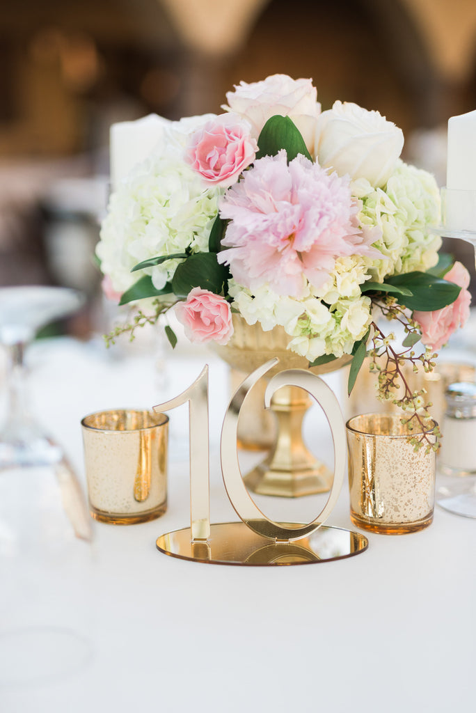 Floral-Arrangement-table-design