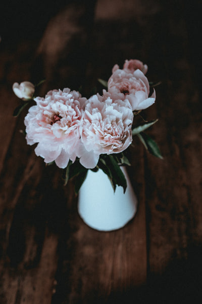 pink wedding flowers | Real vs. Fake Wedding Flowers