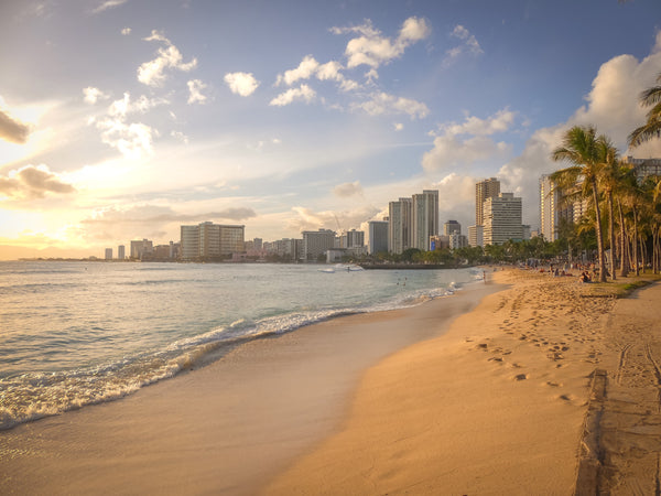 beach in Hawaii | The Best Destination Wedding Locations