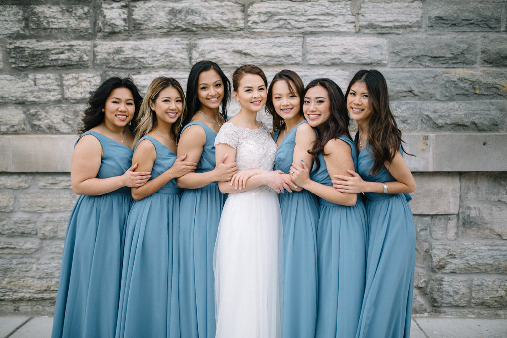 These bridesmaids totally nailed the slate blue theme! | Kennedy Blue