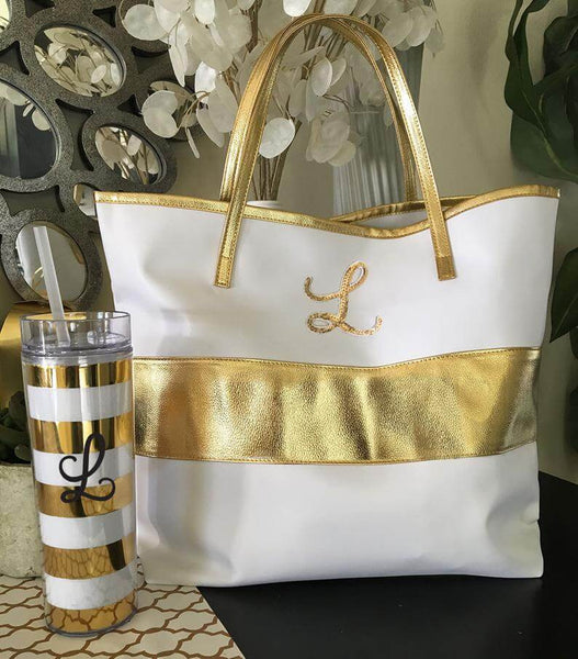 white and gold tote | bridesmaid gift ideas Kennedy blue